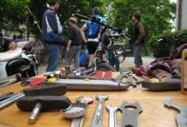 První svépomocná cyklodílna