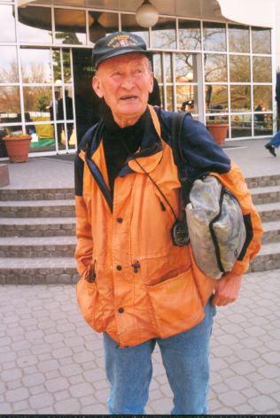 """Kdo jiný by měl být """"patronem"""" pěší dopravy po městě, než čerstvý osmdesátník Juraj Puci !?"""