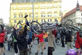 Ohlasy cyklojízdy 16. dubna 2011