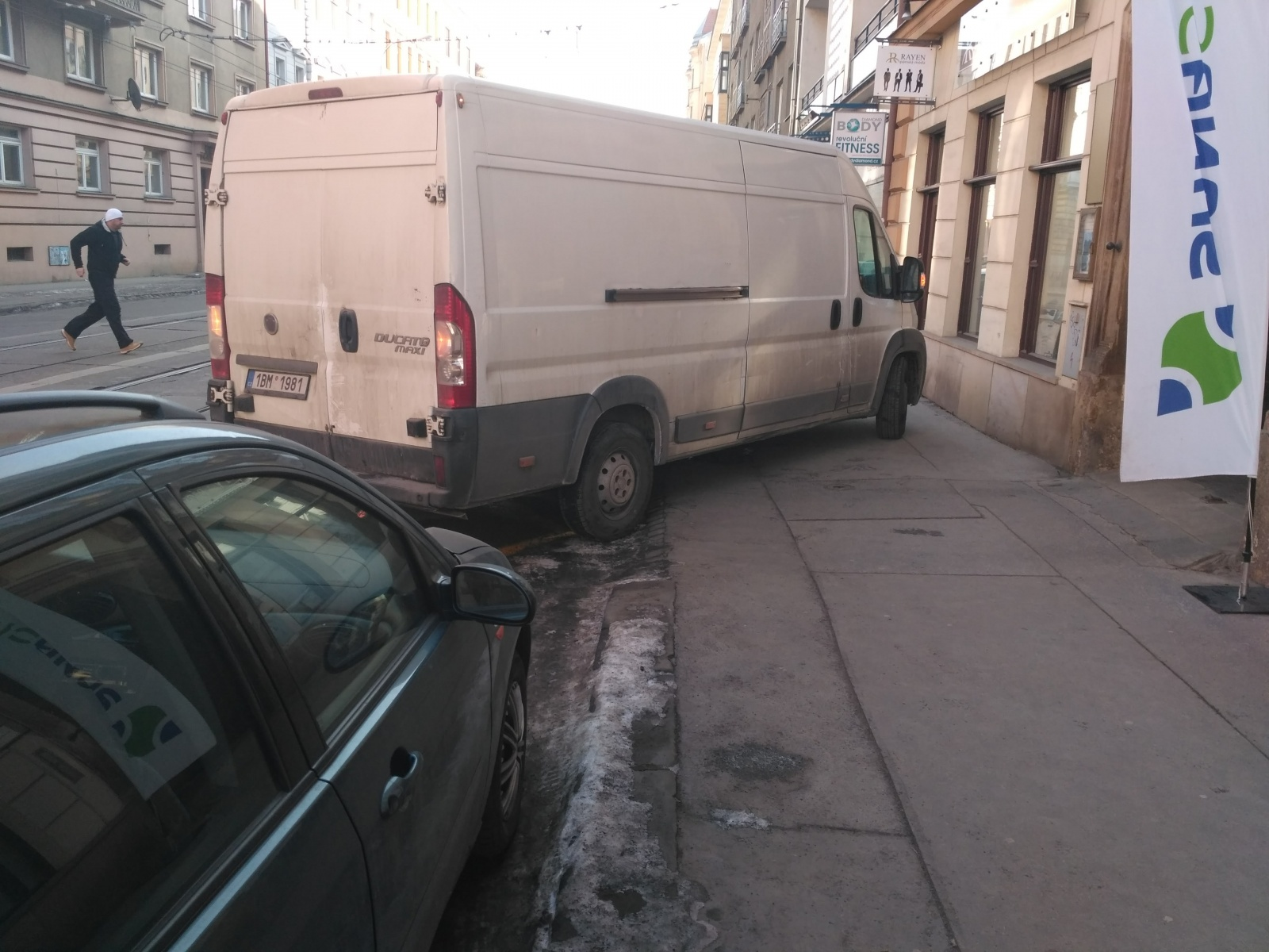 Parkování na Údolní II: ještě horší, než všichni čekali