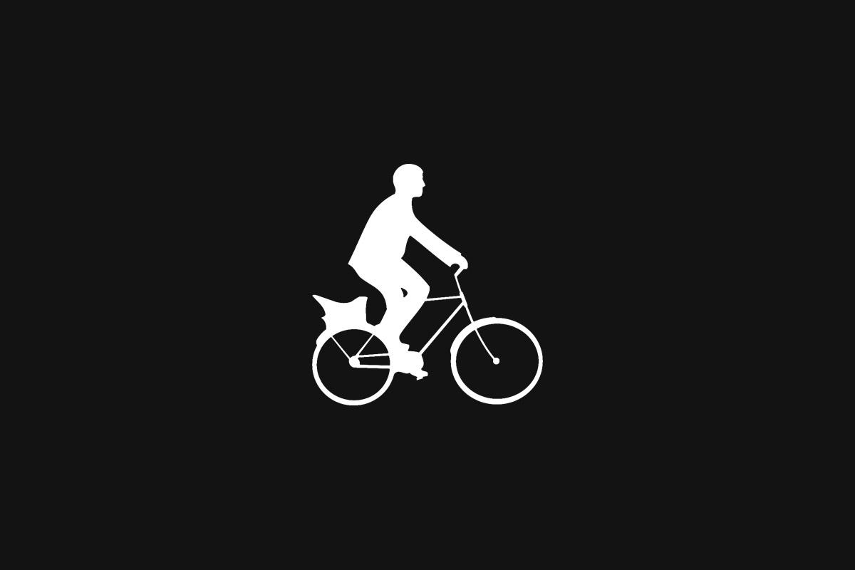 Prahou na kole: Brouci v přilbě